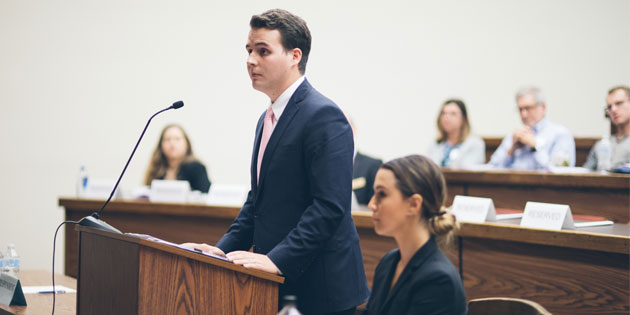 Students participate in oral argument competition at the School of Law